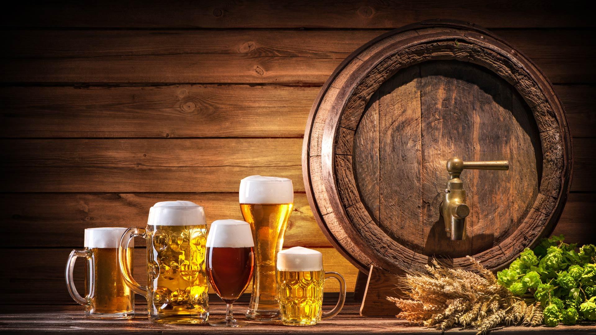 Oktoberfest keg with beers displayed